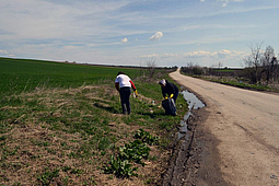 Cleaning water sources in Vidin on Earth's Day